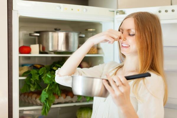 Loại bỏ mùi thức ăn gây khó chịu trong nhà