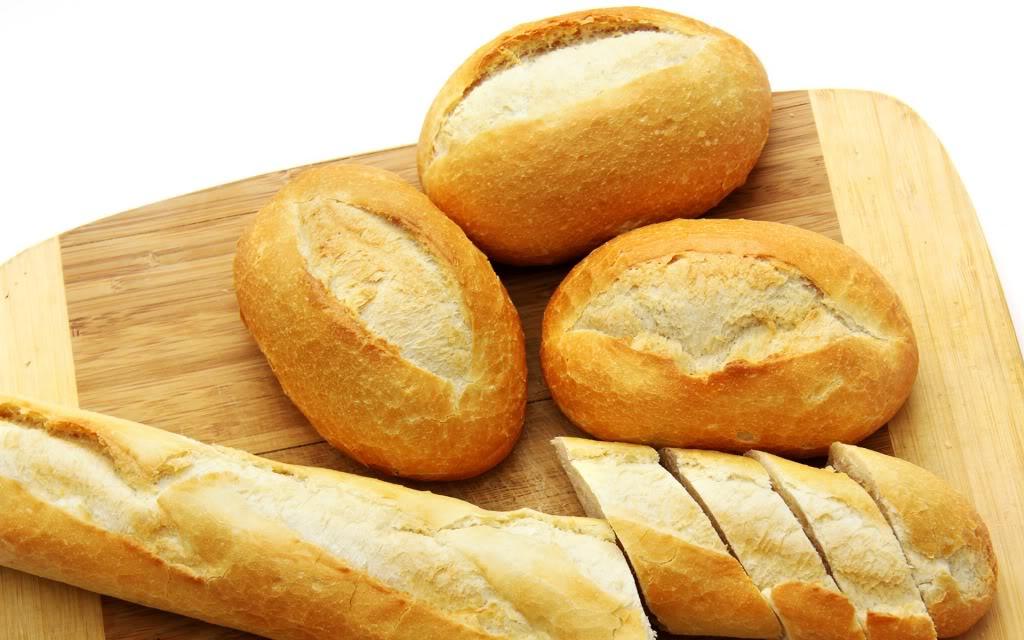 khử mùi tủ lạnh bằng bánh mì